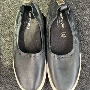 Kenneth Cole Slip on Sneakers